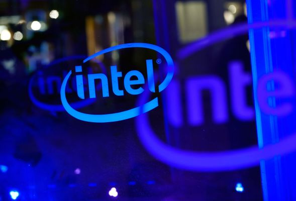 Intel has invested $132M in 11 start-ups this year, on track for $300M-$500M in overall