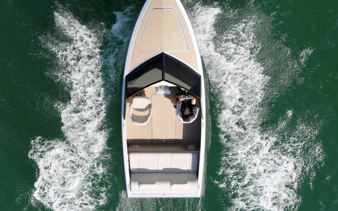 Zin Boats transforms the electrical speedboat in a quote to become the Tesla of the sea