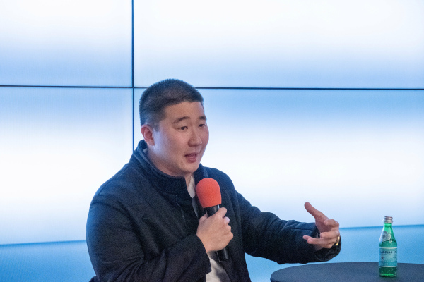 Airtable's Howie Liu has no interest in leaving, even as the company's evaluation soars