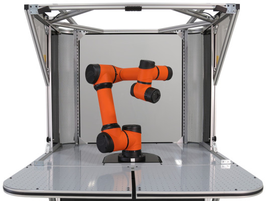 Rapid Robotics raises $5.5 M for pre-programmed production robotics
