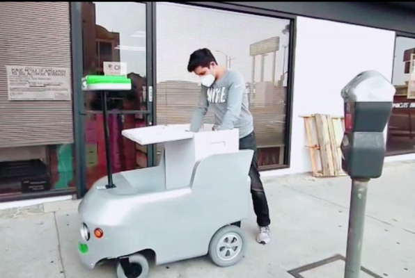 Remote-controlled delivery carts are now working for the regional Los Angeles grocer